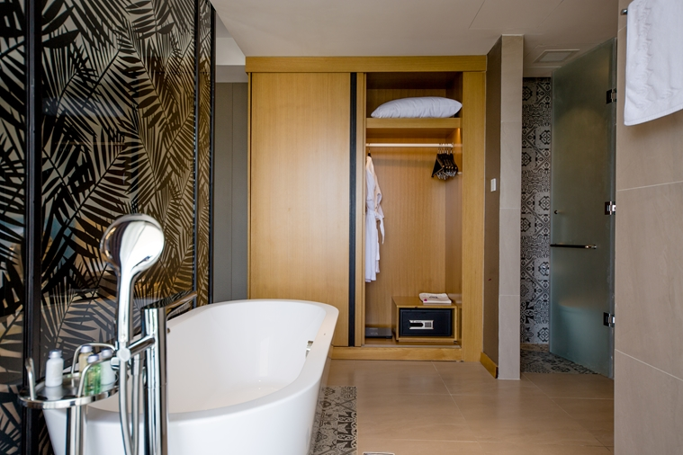 PHÒNG CLUB SUITE TWIN